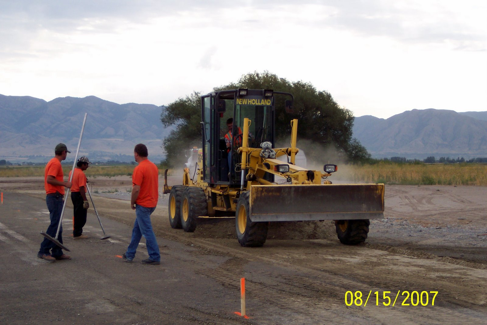 FINAL GRADE FOR PITTING AREA.